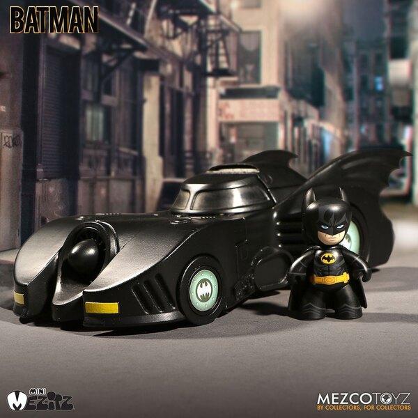 DC Universe Mini Mez-Itz Figur & Fahrzeug 1989 Batman Batmobile