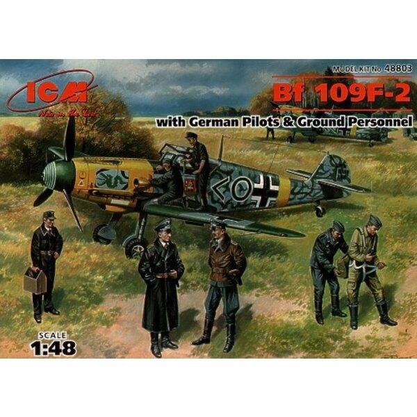 Messerschmitt Bf 109F-2 mit Piloten und Grundmannschaft
