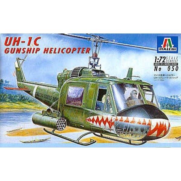Bell UH-1C Kampfhubschrauber