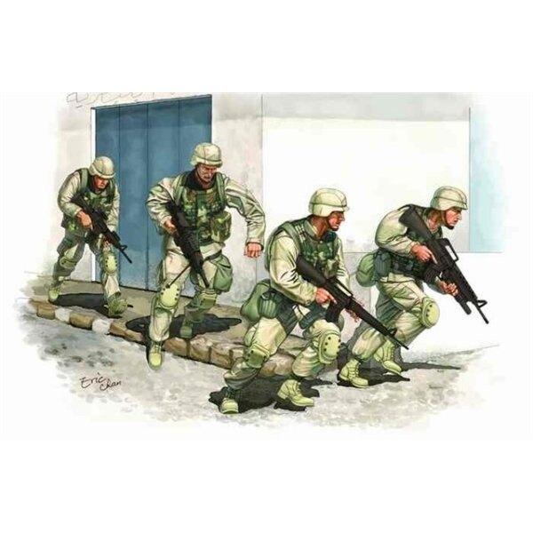 Amerikanische Armee im Irak 2005 (4 Figuren + Vinylwesten)