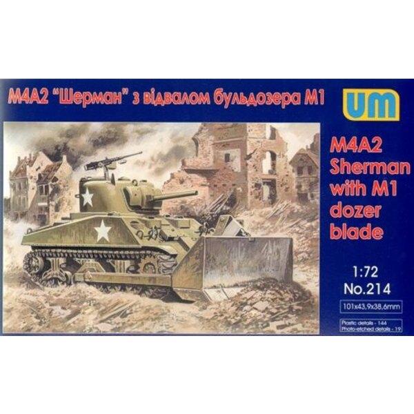 M4A2 Sherman mit M1 D ozer Klinge