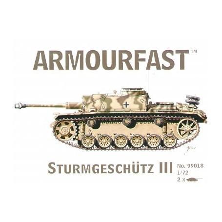 StuG III: Satz schließt 2 Schnappen zusammen Panzer-Bausätze ein