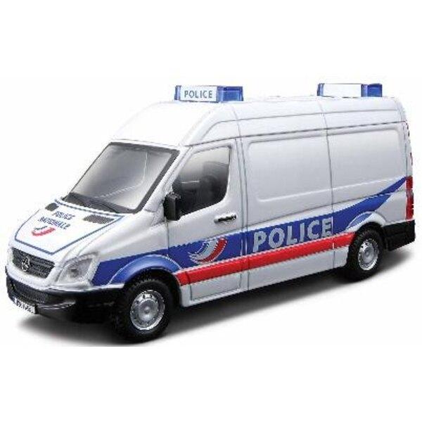 Mercedes sprinter Feuerwehr /police 1:43