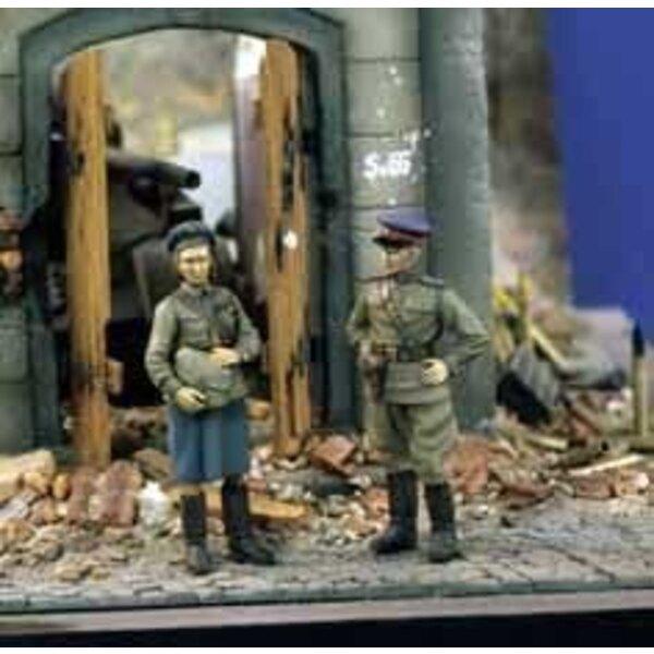 Sowjetischer Offizier s 2WK (x2) 1:35)