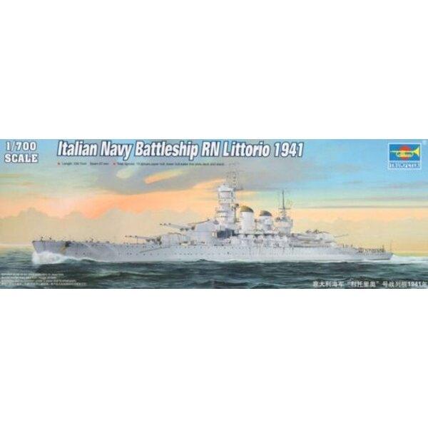Italienische Marine Schlachtschiff RN Littorio 1941