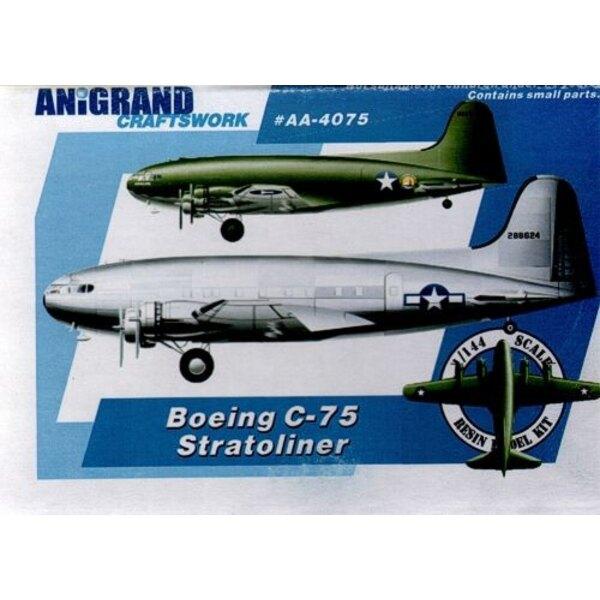 Boeing C-75 Stratoliner. Inklusive Bonus-Kits der Northrop A-17 Nomad / Kellett YO-60 / Ryan XF2R-1 Darkshark. Im Jahre 1937, en
