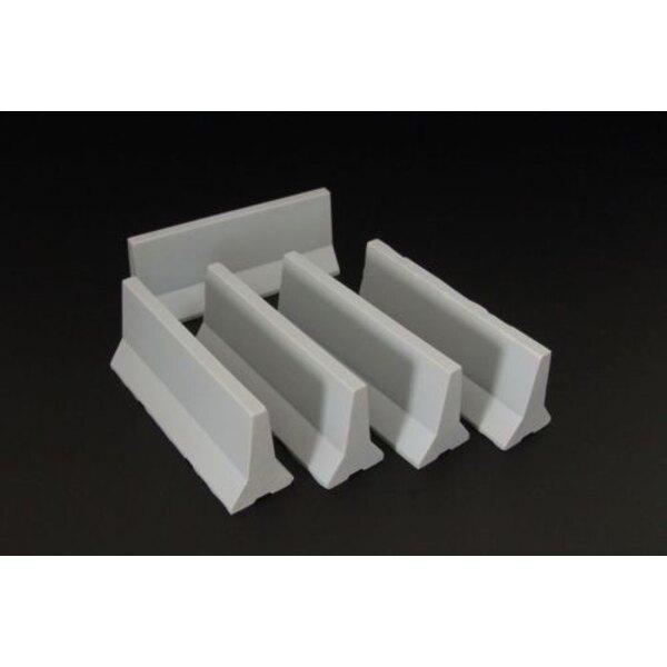 Moderne Beton-Leitplanken
