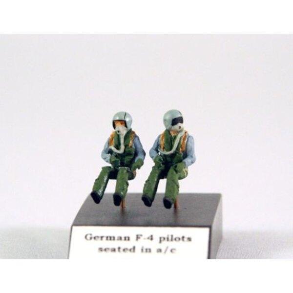 Deutsch F-4/Tornado Piloten in einem / c sitzt