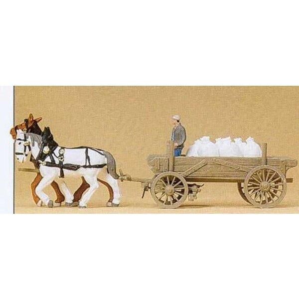 Carts mit Mehlsäcke