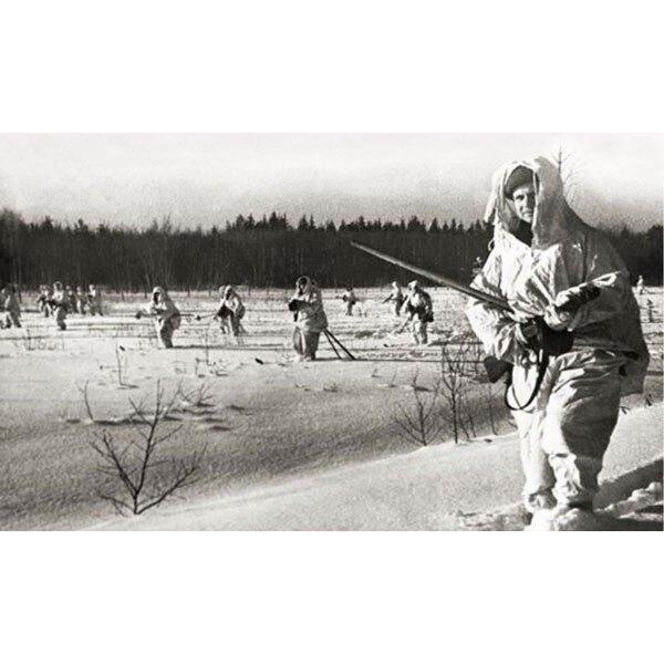 Sowjetischen Truppen Skis