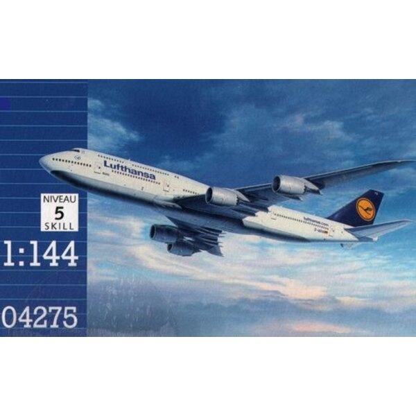 Boeing 747-8 Lufthansa Aufgrund November 2012