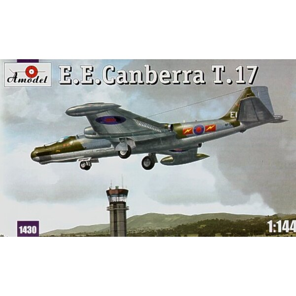 BAC/EE Canberra T.17