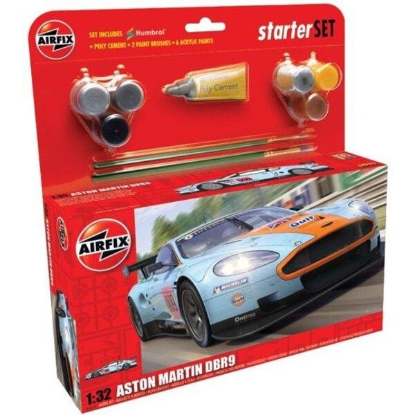 Aston Martin DBR9. Beinhaltet Kleber, 2 Pinsel und 6 Acrylfarben