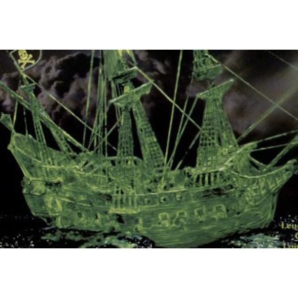 Geisterschiff-Glühen in der Dunkelheit