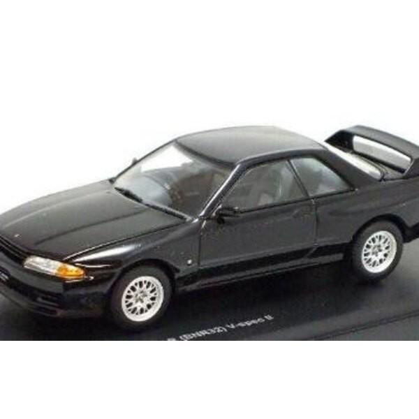 Nissan Skyline GTR Schwarz