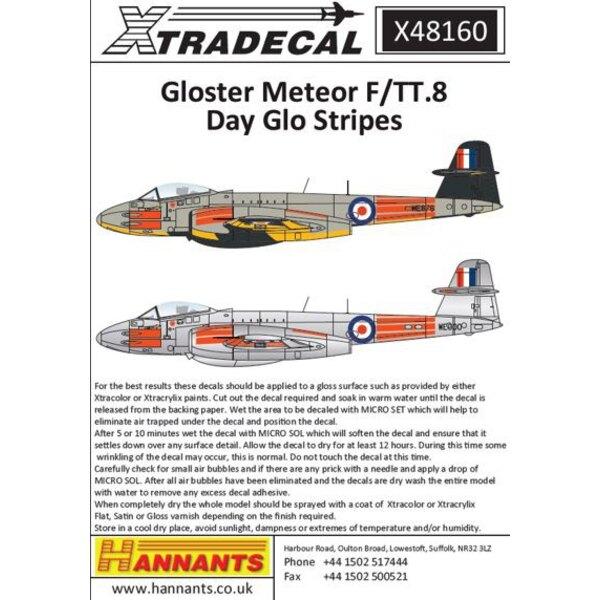 Gloster Meteor F (TT) .Mk.8 Pt 3 (1) WE876 1574 Flight RAF Tengah, Singapur 1950er Jahre mit voller Day-Glo Orange Striping.Die